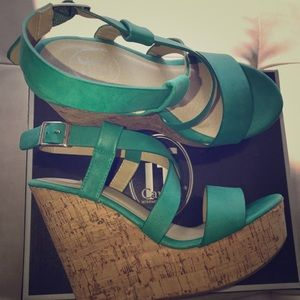 Shoes - Like new! Seafoam green wedges! Size 7.5 👠